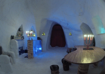 6-igloo-inside